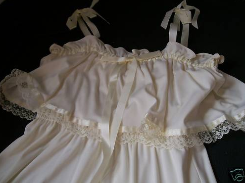 White Wedding Gowns on Ivory Wedding Dress 30 Years Old Costume Stage Ex Cond